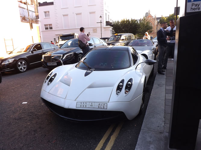 Pagani-Huyra Remarkable Porsche 918 Spyder In London Cars Trend